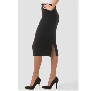 🎬✨Joseph Ribkoff Black Pencil Skirt - NWT